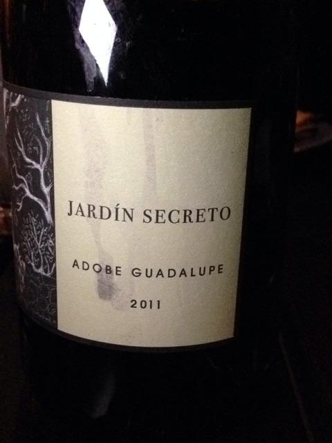 Adobe guadalupe jard n secreto 2011 wine info for Jardin secret wine