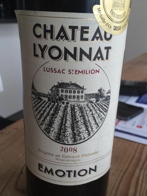 Ch teau lyonnat emotion lussac st milion 2008 wine info for Chateau lyonnat