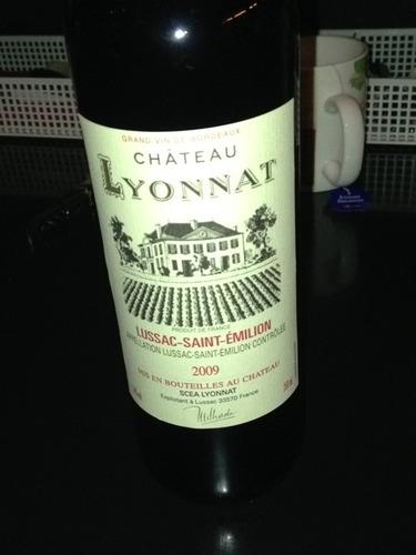 Ch teau lyonnat lussac saint milion for Chateau lyonnat