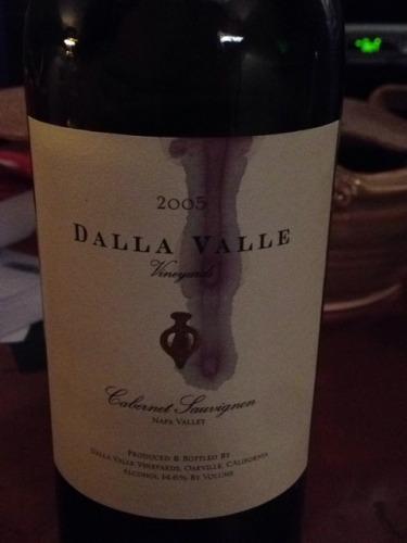 Dalla Valle Cabernet Sauvignon 2005 Wine Info