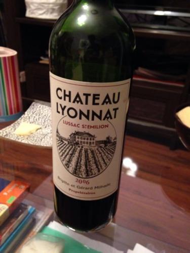 Ch teau lyonnat emotion lussac st milion 2006 wine info for Chateau lyonnat