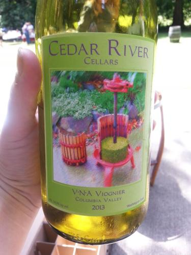 & Cedar River V.N.A. Viognier 2013 | Wine Info