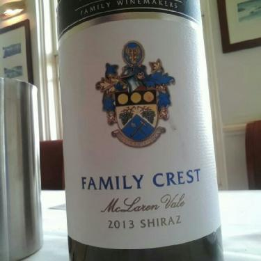 Angove Family Crest Shiraz 2013 Wine Info