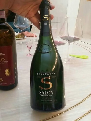 Salon blanc de blancs champagne brut le mesnil 1997 for 1997 champagne salon