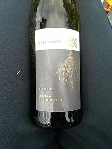 Deep Roots In Native Youth: Deep Roots Riesling Trocken 2014