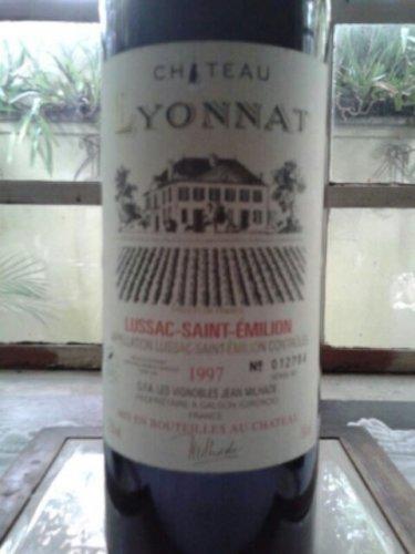Ch teau lyonnat lussac st milion 1997 wine info for Chateau lyonnat