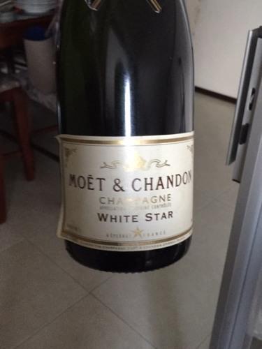 Mo 235 T Amp Chandon Champagne White Star Demi Sec 1985 Wine Info