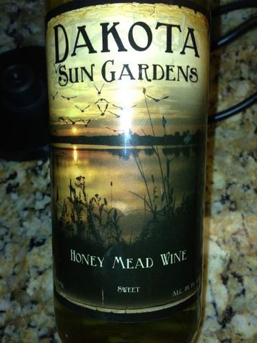 Dakota sun gardens honey mead sweet wine 2015 wine info Sun garden riesling