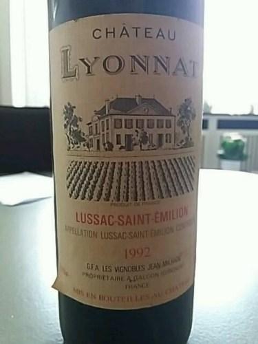Ch teau lyonnat lussac st milion 1992 wine info for Chateau lyonnat