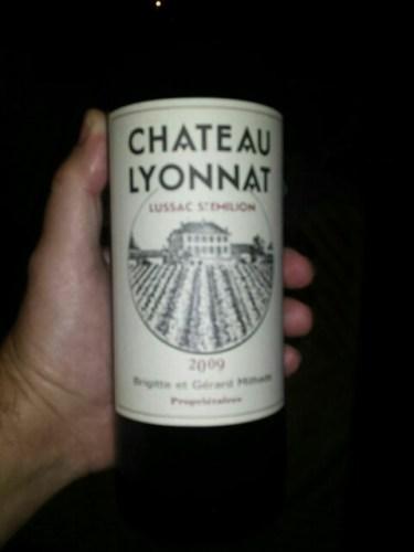 Ch teau lyonnat le lion du lussac saint milion 2009 for Chateau lyonnat