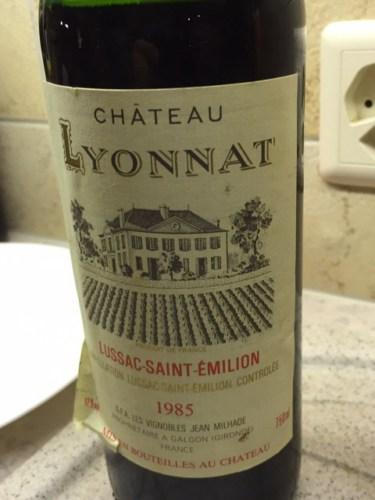 Ch teau lyonnat lussac st milion 1985 wine info for Chateau lyonnat