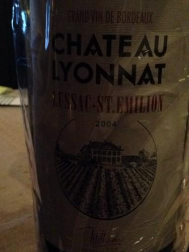 Ch teau lyonnat emotion lussac st milion 2004 wine info for Chateau lyonnat