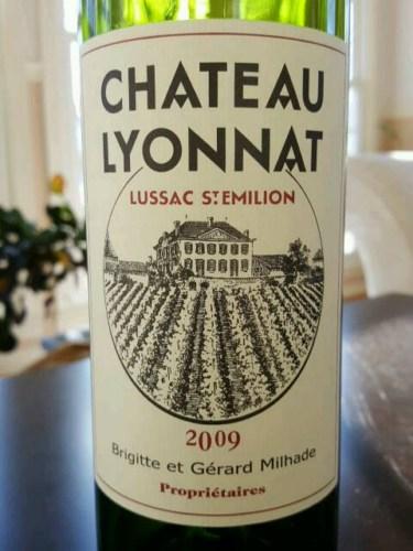 Ch teau lyonnat lussac saint milion wine info for Chateau lyonnat