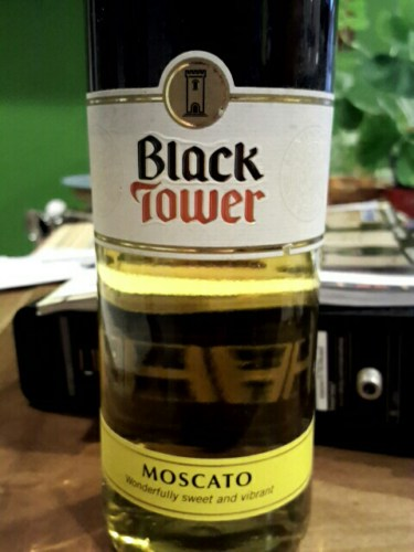 Black Tower Moscato Wine Info