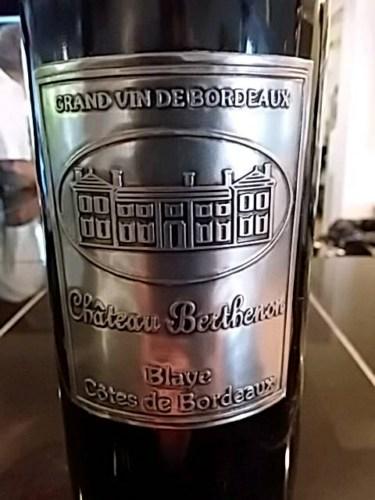 Kết quả hình ảnh cho CHATEAU BERTHENON BLAYE COTES DE BORDEAUX