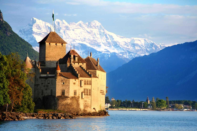 Hotels Near Lake Geneva Switzerland